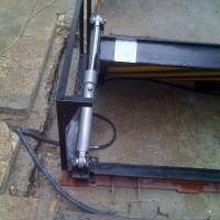 Hydraulic cylinders 5