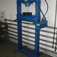 Hydraulic presses 6