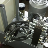 Hydraulic power units 10
