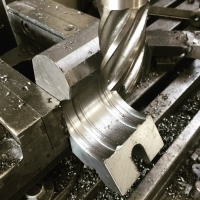 processing-on-milling-machine-1