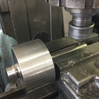processing-on-milling-machine-2
